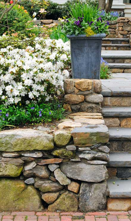 Tom's Picture Perfect Landscape Residential Retaining Walls